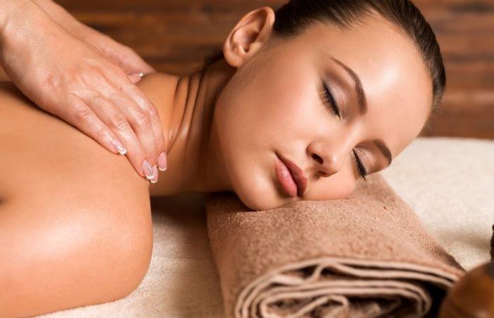 Massage à L'institut Secrets de Beauté à Avord